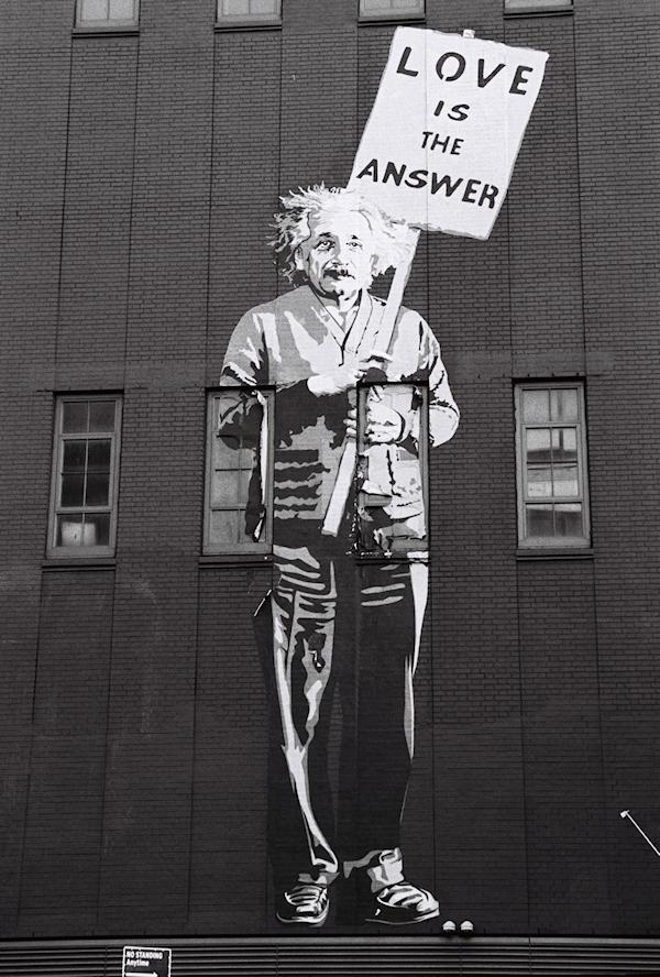 street-art-albert-einstein-82585b1-r01-011-width-60cm-mark-tutton