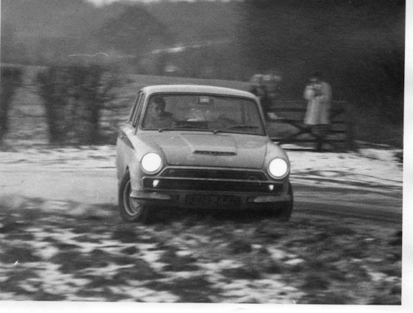 snow-practice-at-pednor-test-track-rmb